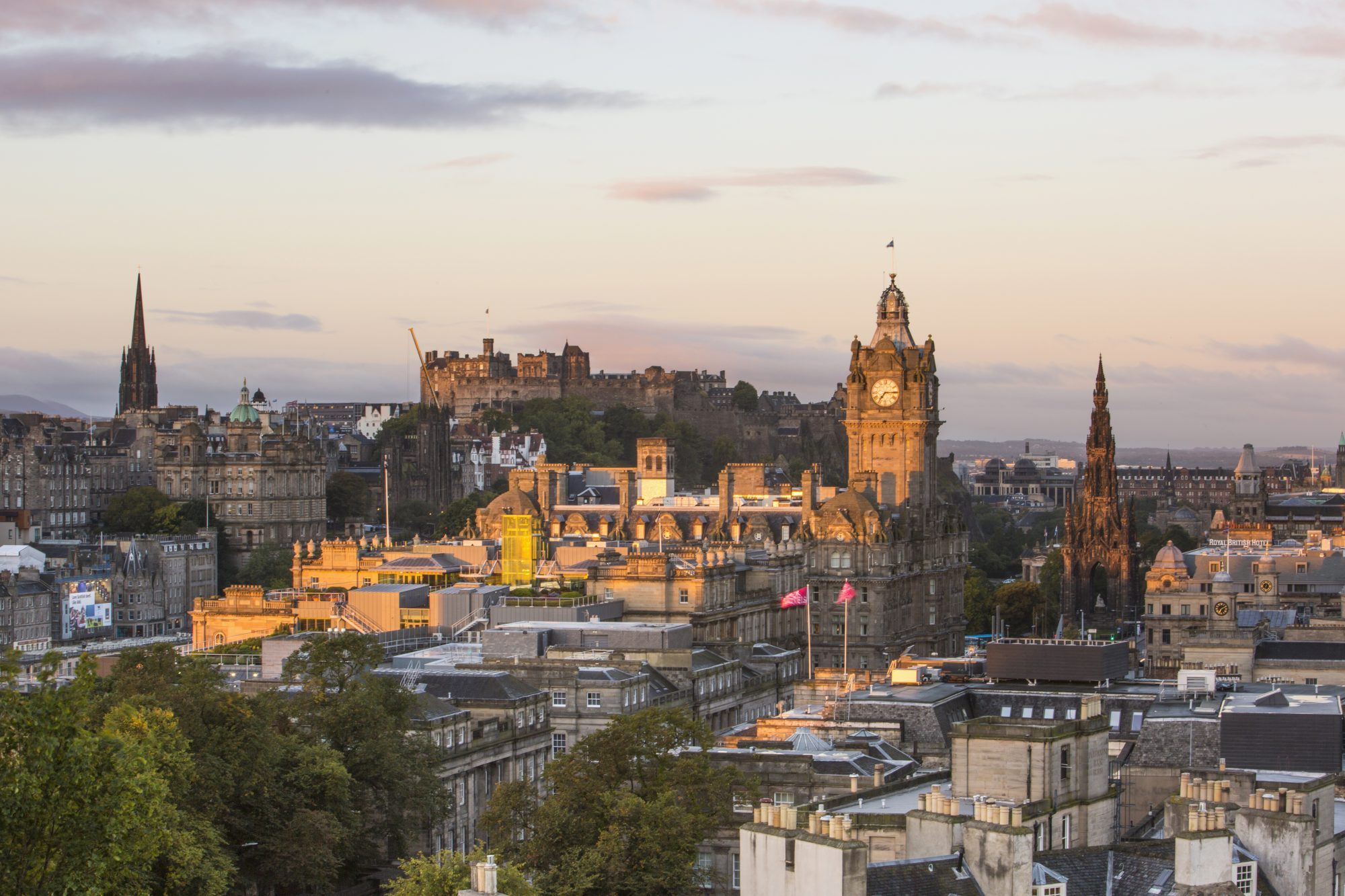 Take the Caledonian Sleeper to and from Edinburgh