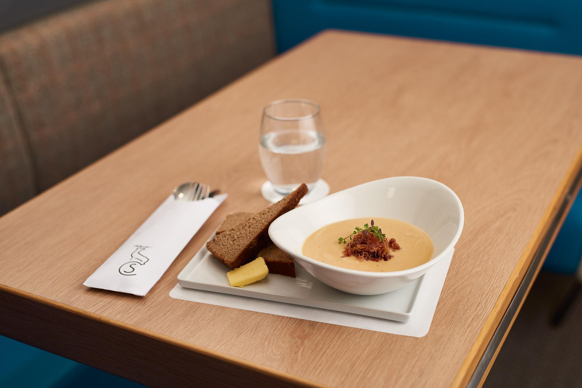 Caledonian Sleeper | Food and drink on-board