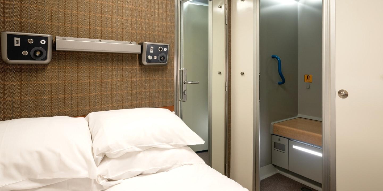 Accommodation | Caledonian Double | Caledonian Sleeper