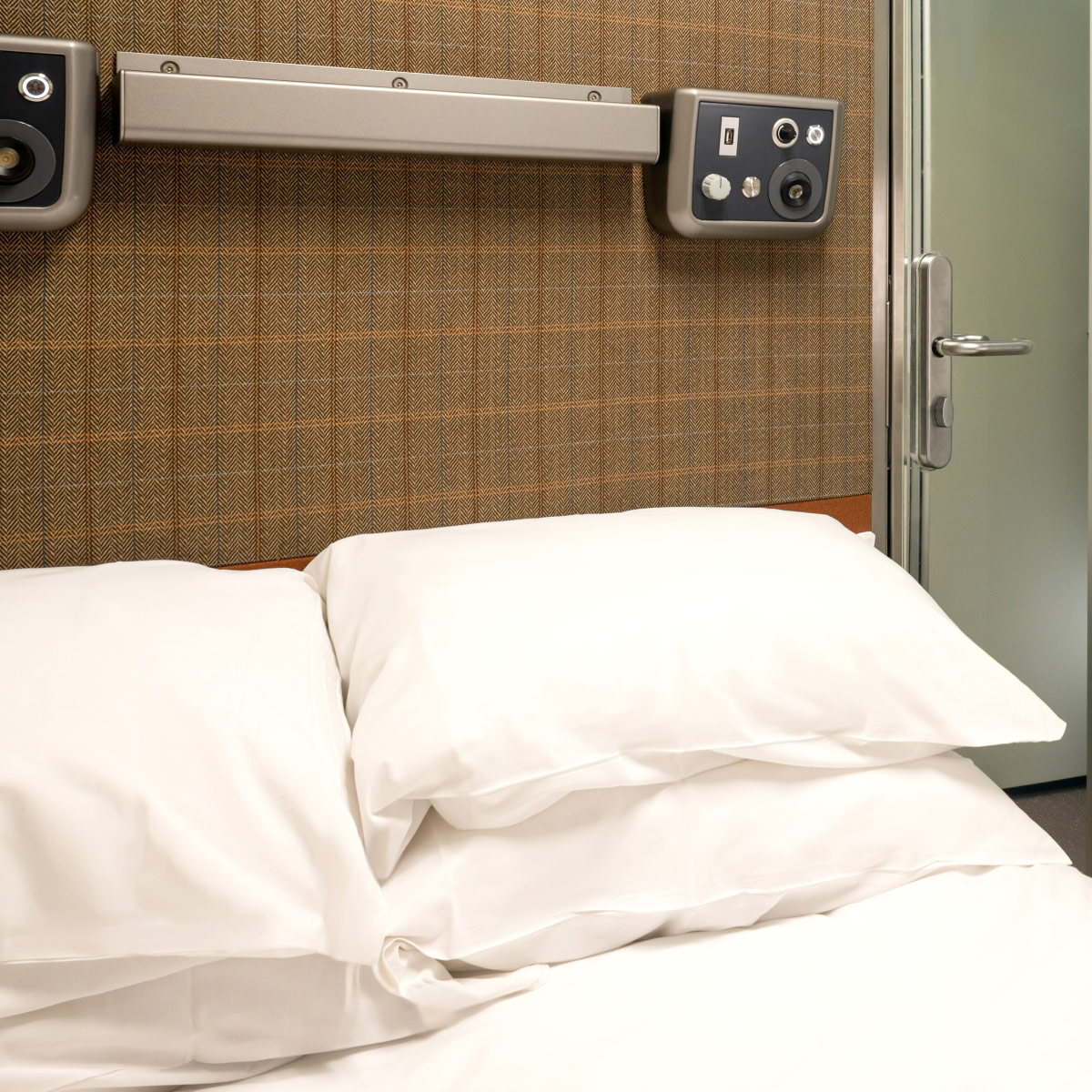 Caledonian Double | Caledonian Sleeper Accommodation